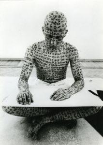 deiscrizione_-claudio-parmiggiani_-19721