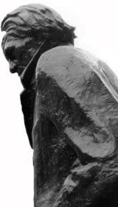 statua01